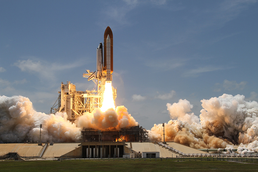Space Shuttle - Lift Off